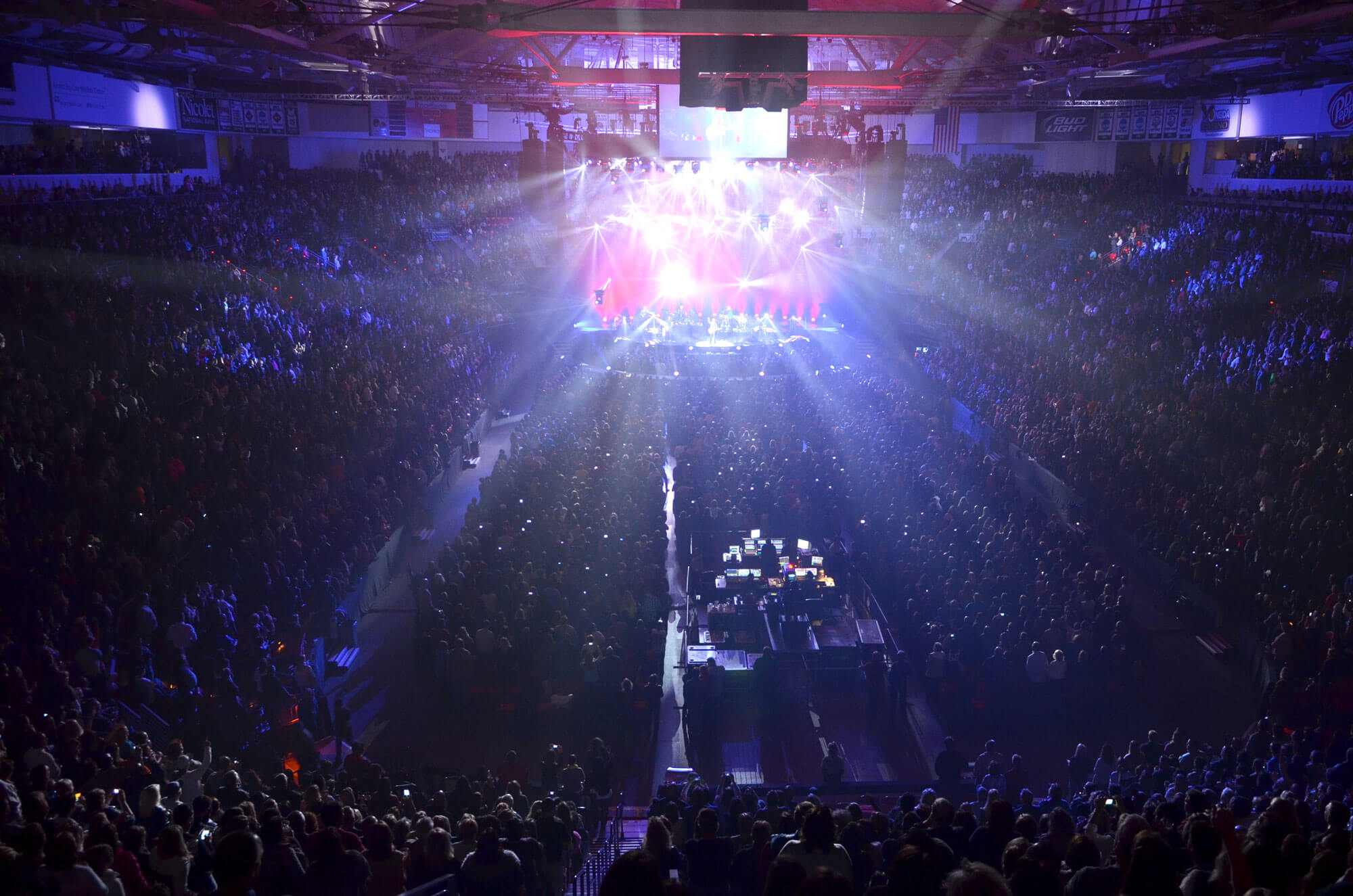 Bon-Jovi-Concert198.jpg